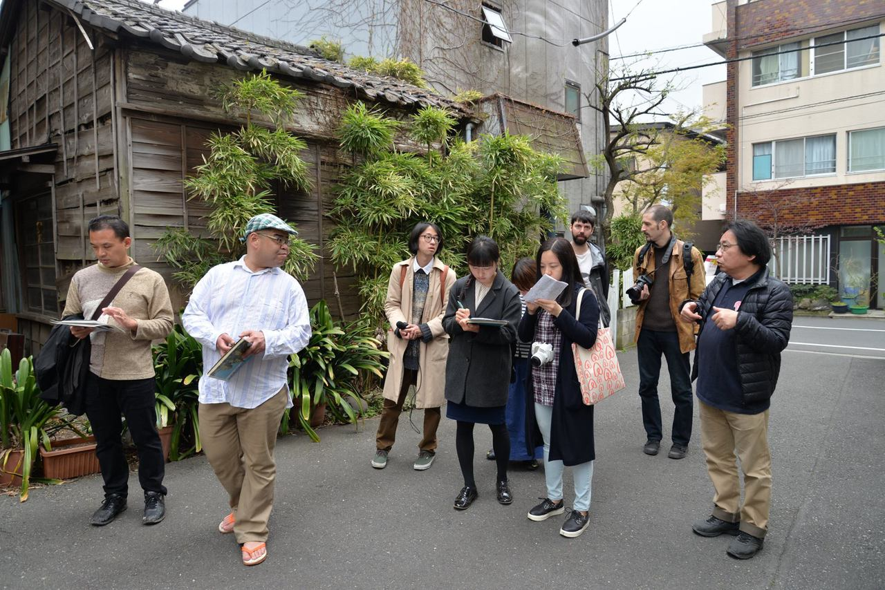 Tokyo Transition(s): During the one week-long event the four neighbourhoods Minamisenju, Mukojima, Yanaka, and Koenji were explored and mapped together with local leaders and community innovators.