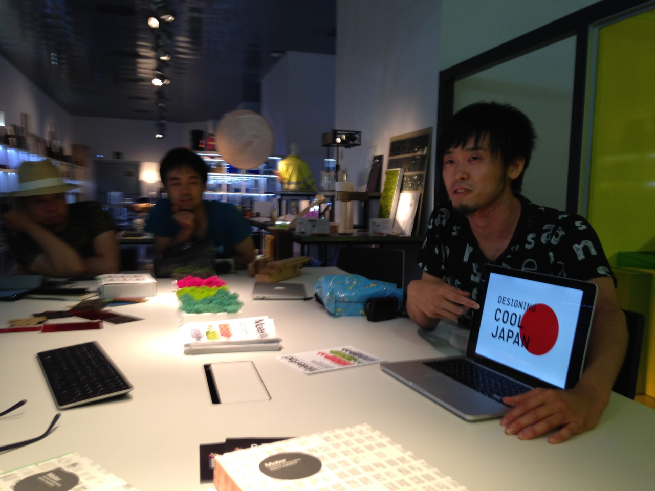 "Cool Japan revised at Hasekura 2.0 mission: Social Designer Eisuke Tachikawa (NOSIGNER) explains the new concept behind the revised ""Cool Japan"" at MATERFAD Material Library, Design HUB, Barcelona."